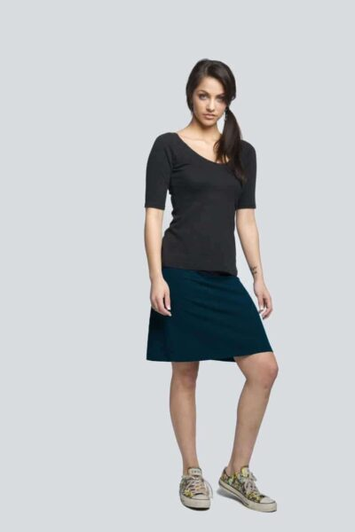 a-skirt-front-black